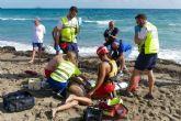 Más de 80 personas velan por la seguridad de las playas cartageneras