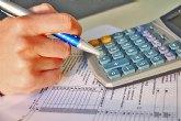 Los contribuyentes murcianos pueden deducirse los gastos de material escolar y de guardería en su IRPF