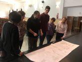 L+A arquitectos & The Pink Panther Collective, equipo ganador del Concurso de Ideas para la Rehabilitación Integral del Centro Cívico de Roldán, visitan el edificio para adecuar el proyecto a las instalaciones