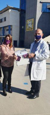 El Ayuntamiento de Molina de Segura hace entrega de 1.000 mascarillas a alumnado de la ESO con motivo del Día Internacional de la Eliminación de la Violencia Contra la Mujer