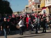 Mil quinientos kilos de solidaridad navideña en Las Torres de Cotillas con la Cofradía del Santísimo Cristo Crucificado.