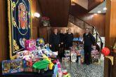 La Armada recauda 700 juguetes para la campaña municipal navideña ´Juguetea´