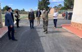 El paraje de Los Risos ya luce renovados sus aceras y asfaltado
