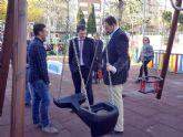 El Ayuntamiento transforma por completo dos grandes espacios del jardín de las Tres Copas en la Flota