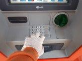 Aconsejan a los mayores no ir a las entidades bancarias a cobrar su pensión para evitar riesgos innecesarios por el coronavirus