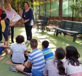 Violante Tomás visita el centro de menores tutelados de la pedanía murciana de Santa Cruz