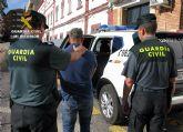 La Guardia Civil detiene in fraganti a dos personas tras cometer un robo en una vivienda de Mazarrón