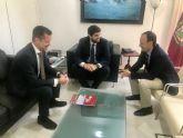 López Miras se reúne con el director gerente del Palacio de Ferias y Exposiciones de la Región (Ifepa)