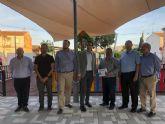 El Alcalde Ballesta visita las obras de la nueva zona verde en Santa Cruz
