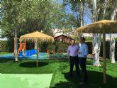 La piscina municipal estrena parque infantil