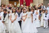 Una marea blanca procesiona en Cartagena en el día del Corpus Christi