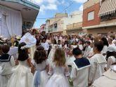 Decenas de niños de comunión procesionan en San Pedro y Lo Pagán con motivo del Corpus Christi 2019
