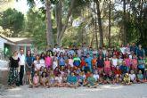 Un total de 65 niños y niñas participan en el campamento del Aula de Naturaleza 'Las Alquerías'