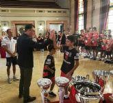 El Club Deportivo Murcia Fútbol Sala celebra sus siete copas en La Glorieta