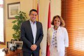 La directora general de Comercio y Protección del Consumidor , se reúne con el alcalde de Alcantarilla