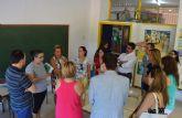 La consejera de Educación visita el colegio 'Vista Alegre' tras la renovación de su cubierta