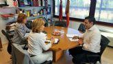 Reunión del director del Servicio de Empleo y Formación y la alcaldesa de Campos del Río