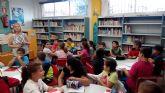 Alumnos de Maspalomas visitan la Casa de la Cultura con motivo del Día de la Biblioteca