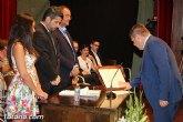 El concejal del Grupo Popular, Francisco J. Martínez Casanova, presenta su renuncia al acta de concejal