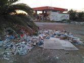 Ahora Murcia denuncia la existencia de una escombrera en plena huerta y que contiene amianto
