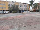 Acometen obras de construcción de un vado peatonal en la calle Santomera, esquina con calle Pliego