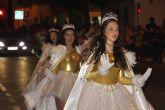 """Papá Noel recorre las calles de San Pedro del Pinatar en el desfile """"Fantasía de Navidad"""""""