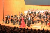 Ainhoa Arteta deslumbra en Murcia por el XX aniversario de la UCAM