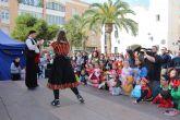 La plaza de la Constitución se llena de Carnaval gracias a los más pequeños