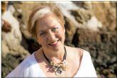 La psicóloga María Guerrero presenta en el Luzzy su libro ´El despertar de la sirena. Un viaje al fondo de ti mismo´