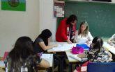Clases de refuerzo educativo en Las Torres de Cotillas con el 'Plan de desarrollo gitano'