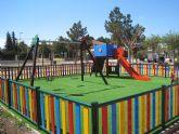 La zona infantil del jardín 'Paco Rabal' gana en seguridad