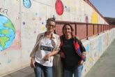 Dos artistas lumbrerenses decoran los espacios de recreo del CEIP Sagrado Corazón