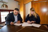 Ayuntamiento y Cofradía renuevan el convenio para generar recursos turísticos en torno a las labores de pesca