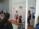 Los alumnos del centro de Educación de Adultos de Totana han visitado recientemente la Biblioteca Municipal 'Mateo García'