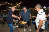 Migas y fuegos artificiales para celebrar la noche de San Juan en El Albujón