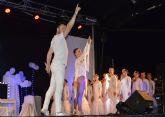 Los integrantes de la academia de danza 'Víctor Campos' protagonizan una gran jornada cultural