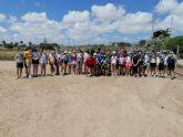45 niños conocen el pasado romano de San Pedro del Pinatar en una visita teatralizada al yacimiento La Raya