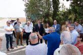 Fomento analiza con vecinos, empresarios y ayuntamiento el nuevo trazado del AVE