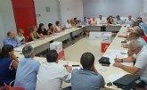 Pascual Lucas reclama una ley de financiación local, la ley de policías locales y la de las ITV, junto a los 26 alcaldes socialistas de la región