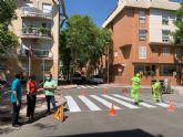 El plan de repintado en pedanías incorporará por vez primera pintura vial reflectante