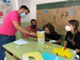 El alcalde de Mazarr�n visita la Escuela de Verano Inclusiva que est� desarrollando D�Genes en este municipio