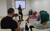 El uso de las redes sociales abre un ciclo de charlas en el centro cívico del barrio del Carmen