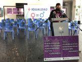 Lectura de manifiesto y minuto de silencio por las víctimas de violencia de género