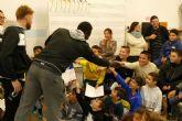 El CEIP Asdrubal recibio al FC.Cartagena en la semana del partido solidario de la campaña de absentismo escolar