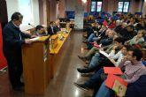 Serrano apuesta por reducir el tráfico motorizado, mejorar el transporte público, contar con más carriles bici y zonas peatonales y fomentar los vehículos eléctricos y las energías renovables