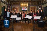 La Asociaci�n Femenina de Balonmano Villa de Mazarr�n dona 5.600 euros a otras asociaciones del municipio