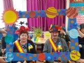 El Centro de Día de Personas Mayores celebra su particular Fiesta del Carnaval, con la proclamación del rey y la reina carnavaleros