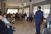 'El Tío de la Barca' muestra a los miembros de ASECOM cómo innovar creando una empresa y no ahogarse en el intento