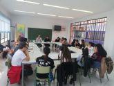 El Grupo Motor Juvenil del Presupuesto Participativo Joven se reúne con los técnicos municipales que han valorado las propuestas recogidas