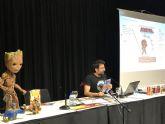 Salva Espín, ilustrador y diseñador de cómics ofreció una masterclass de dibujo en Torre Pacheco